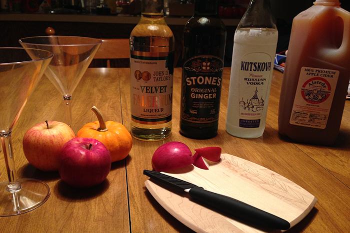 ingredients-for-apple-cider-martini