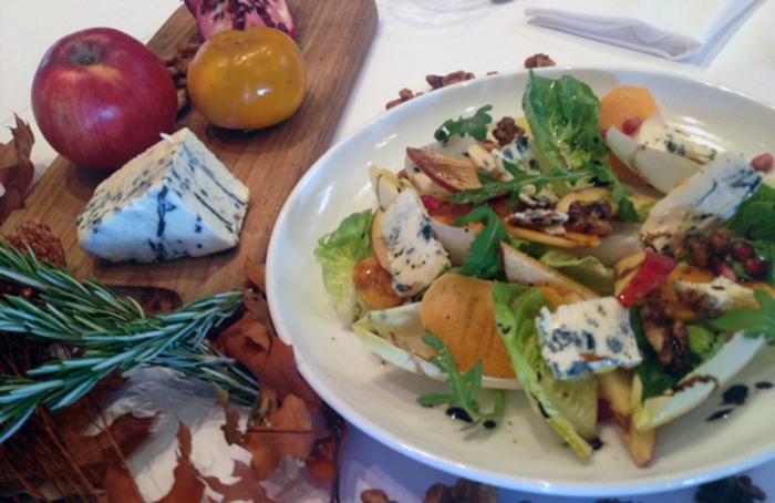 Saint-Agur-Salad-with-Honey-Rosemary-Vinaigrette