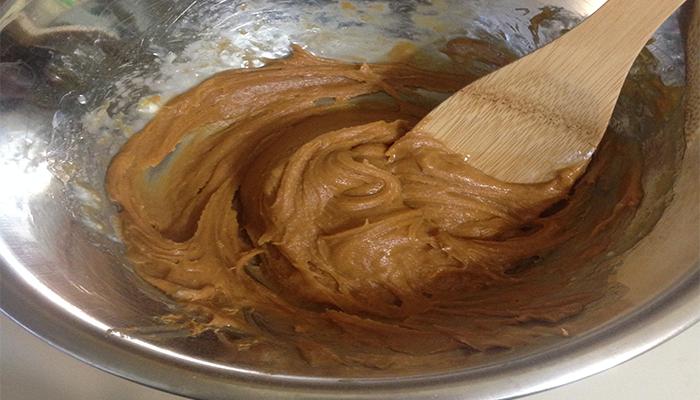 fresh-batter-of-flourless-peanut-butter-cookies