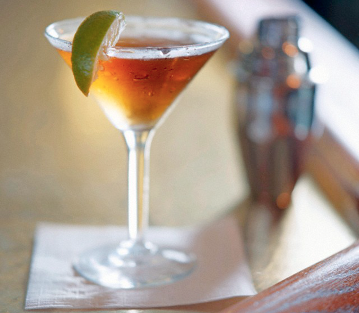 Candied-Bacon-Martini-Recipe-by-Grilling-with-Rich